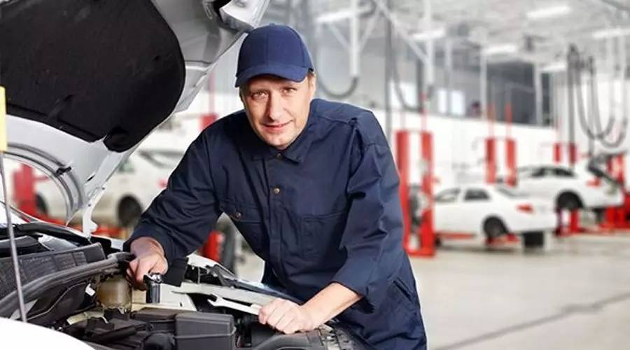 生意火爆的汽修店是这样提高车主满意度的–客户满意是盈利的开始~