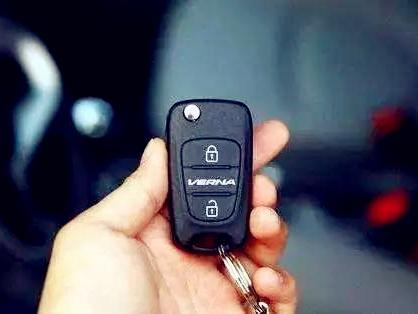 汽车遥控钥匙没有电怎么办?这些小知识你要了解一下!